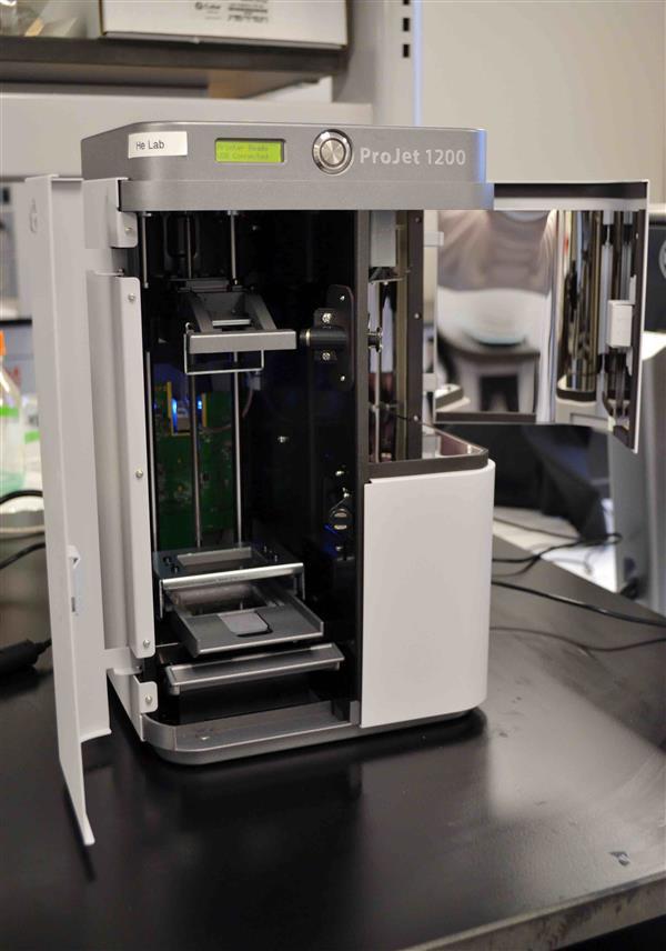 הודפס בתלת מימד תוך שימוש ב-3D Systems Projet 1200